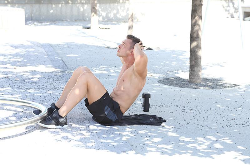 nik-mous-fitness_1024x1024